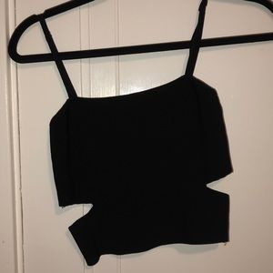 LF SEEK BLACK STRETCH CUT OUT CROP TANK TOP